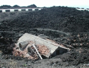 Láva által eltemetett ház az Etna déli oldalán