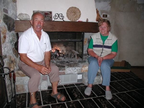 Vendéglátóink, Franz és Júlia
