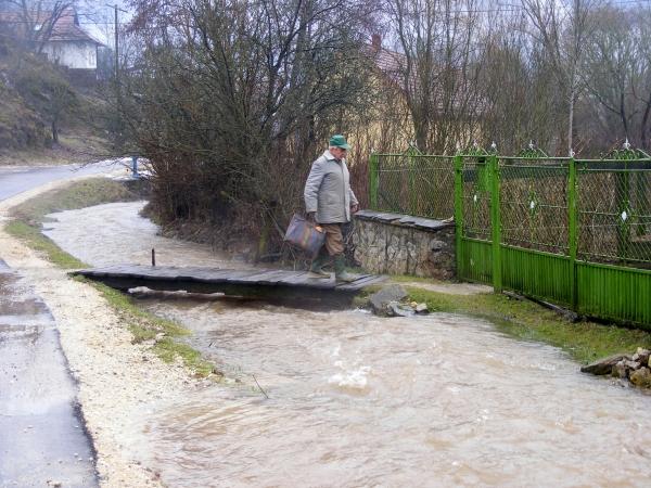A  falusiak már hozzászoktak a gyakorta magas vízálláshoz