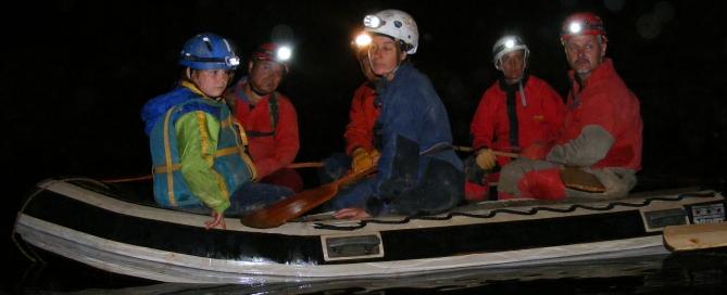 Csoportunk egy része a Planina-barlangban