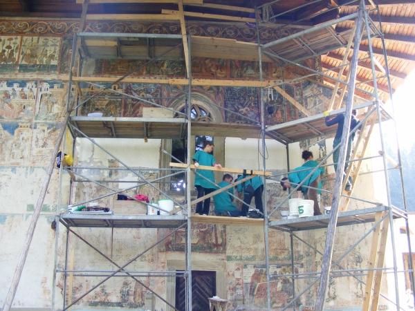 Voronec kolostora restaurálás alatt