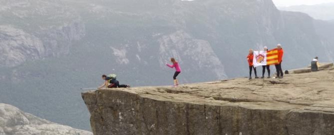 A hatszáz méteres szakadék óvatosságra int