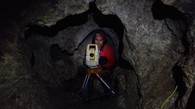 A barlang térképezése modern eszközökkel zajlik