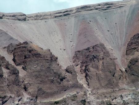Az 1944-es kitörés rézsűjét az erózió is kikezdte